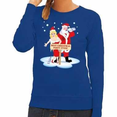 Foute kersttrui blauw een dronken kerstman zijn vrouw dames
